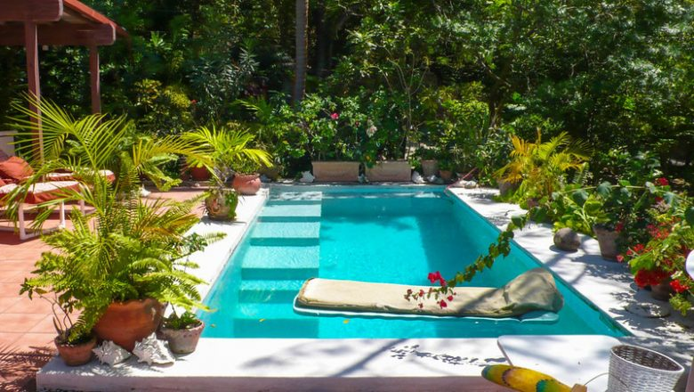 20 Pool Tips To Ensure All Your Family And Friends Safety